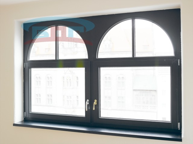 Производство подоконников из акрилового искусственного материала под маленькие окна