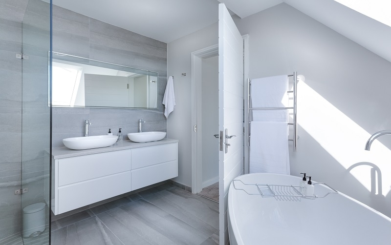 Производство мраморной столешницы для ванной любой формы и рамера