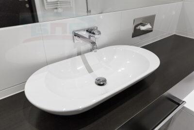 Классическая столешница в ванную