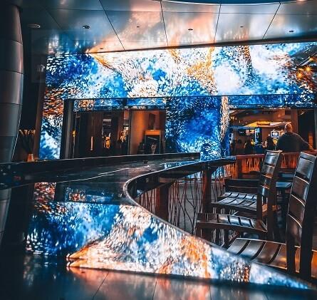 Дизайнерская барная стойка с подсветкой