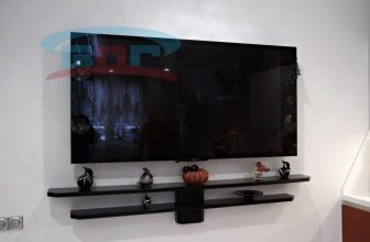 Каменная полка под телевизор