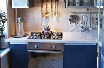 Столешница из камня для маленькой кухни