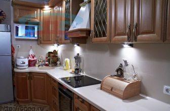 Столешница для кухни из светлого материала